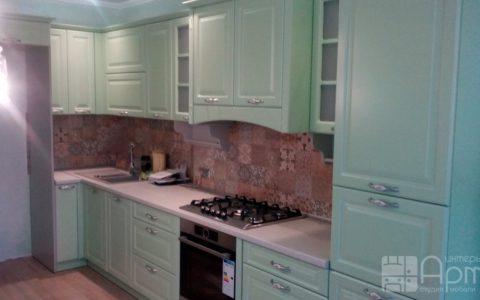 Фото угловой кухни бирюзового цвета